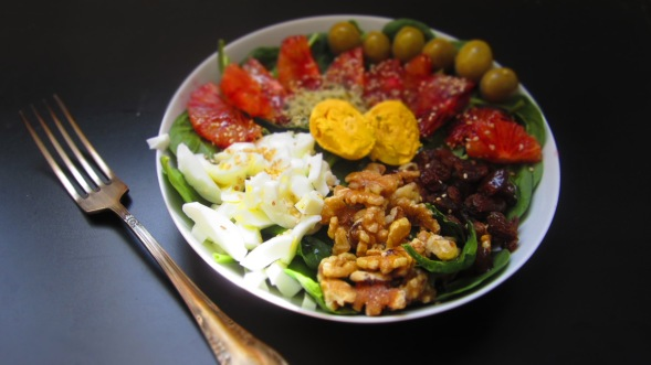 Deliciosamente sano ensalada de espinacas 1