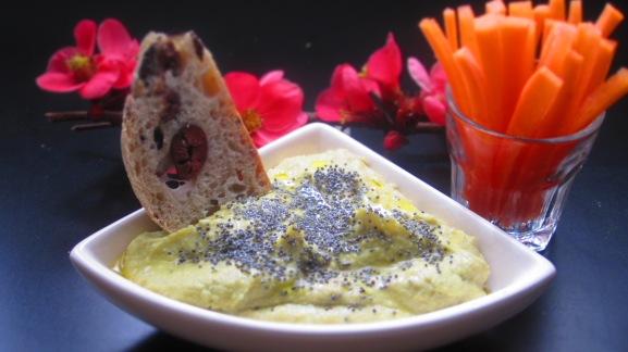 Deliciosamentesano hummus de aguacate 2