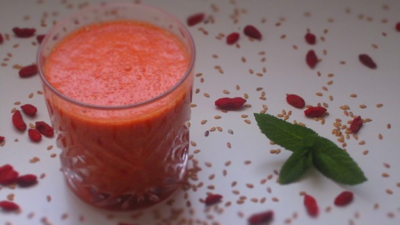 Deliciosamentesano red smoothie (1)
