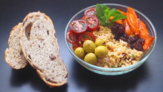 Deliciosamentesano ensalada de couscous con zanahorias a la hierbabuena (2)