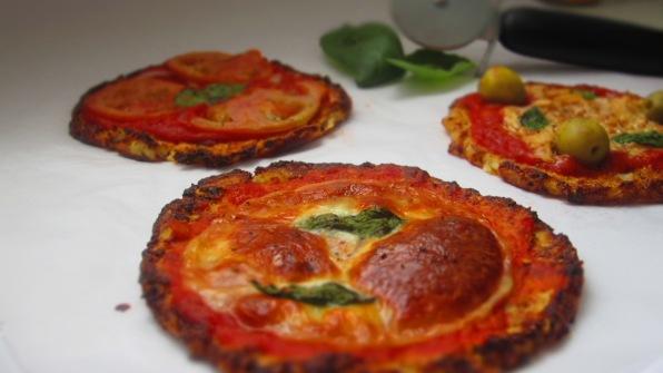 Deliciosamentesano pizza de coliflor (1)