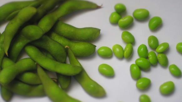 Deliciosamentesano salteado de semillas y verduras con edamame (1)