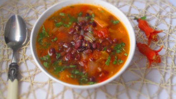 Deliciosamentesano sopa de azukis y calabaza (1)