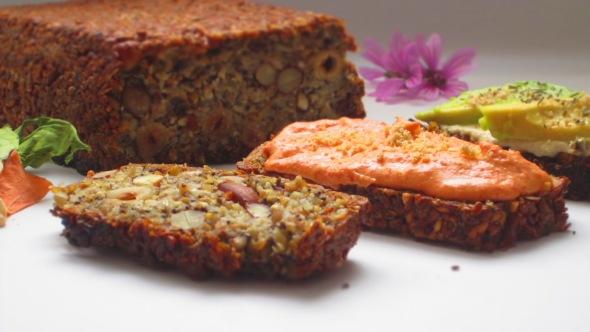 Deliciosamente sano pan de semillas y chia (1)